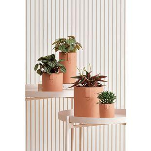 mesa-lateral-em-metal-rosa01