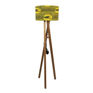 luminaria-de-piso-andorinha-amarela-1