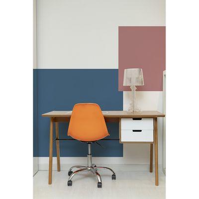 kit-escritorio-escrivaninha-vintage-130cm-com-gavetas-brancas-cadeira-eiffel-giratoria-laranja