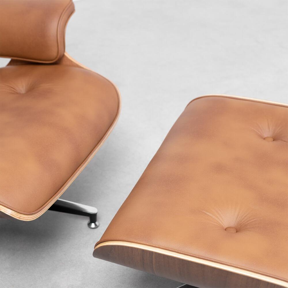 poltrona-charles-eames-com-puff-caramelo-detalhe-cadeira-e-puff