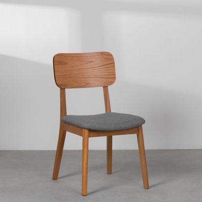 cadeira-lala-encosto-madeira-tipo-linho-cinza