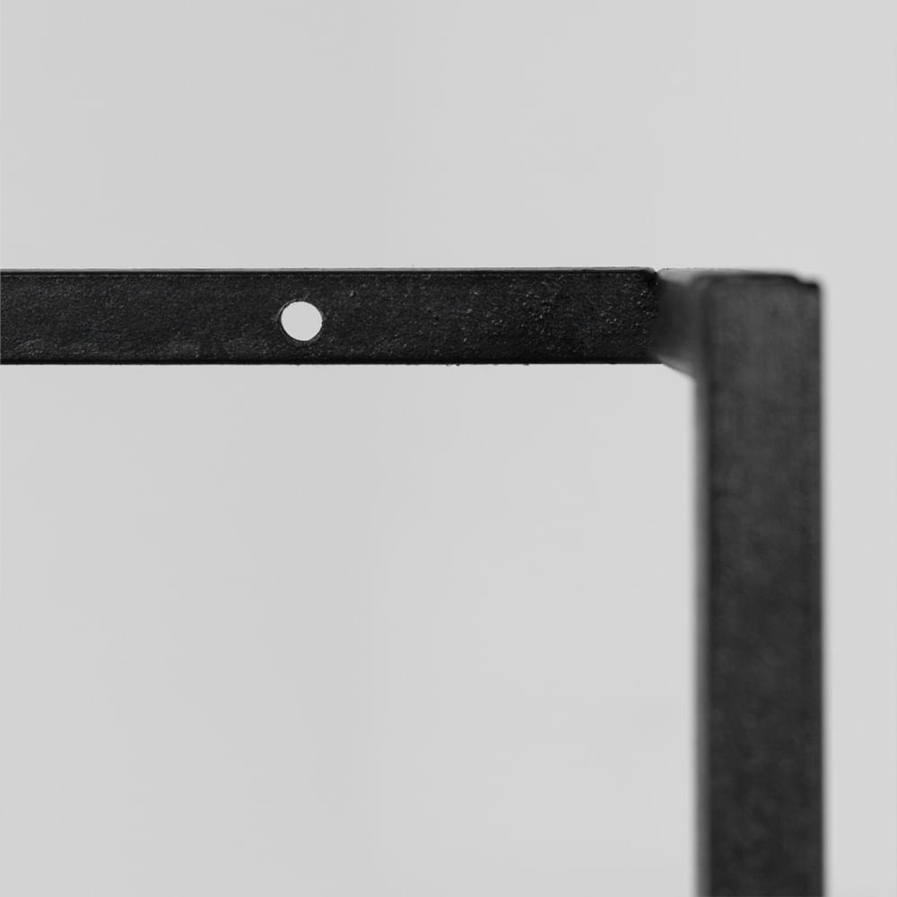 estante-degrau-na-detalhe-estrutura