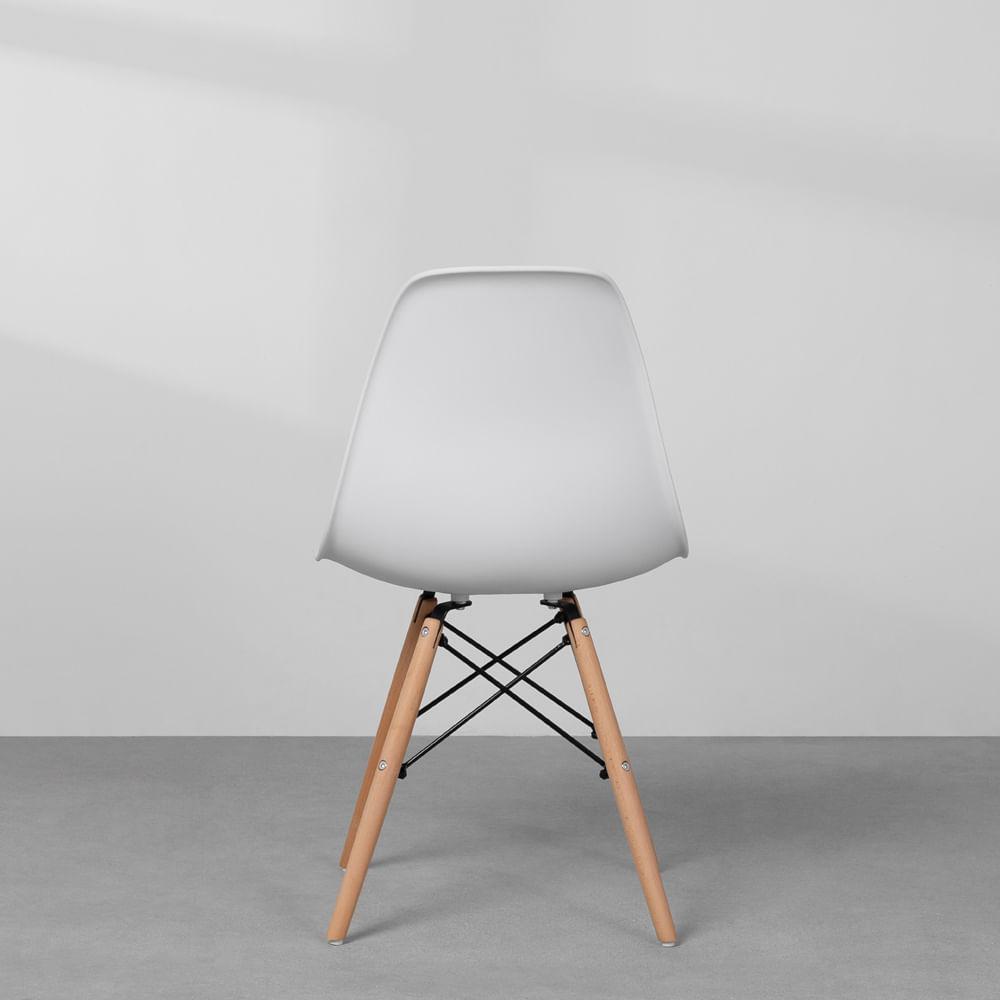 Cadeiras-Eiffel-Brancas-e-Pes-Madeira-traseira