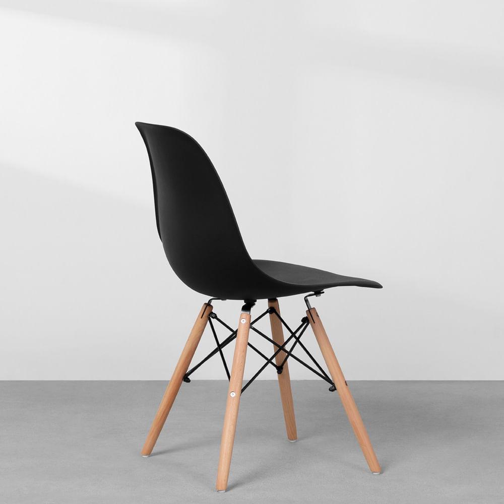cadeira-eames-eiffel-em-polipropileno-pes-de-madeira-preto-detalhe-lateral-traseira