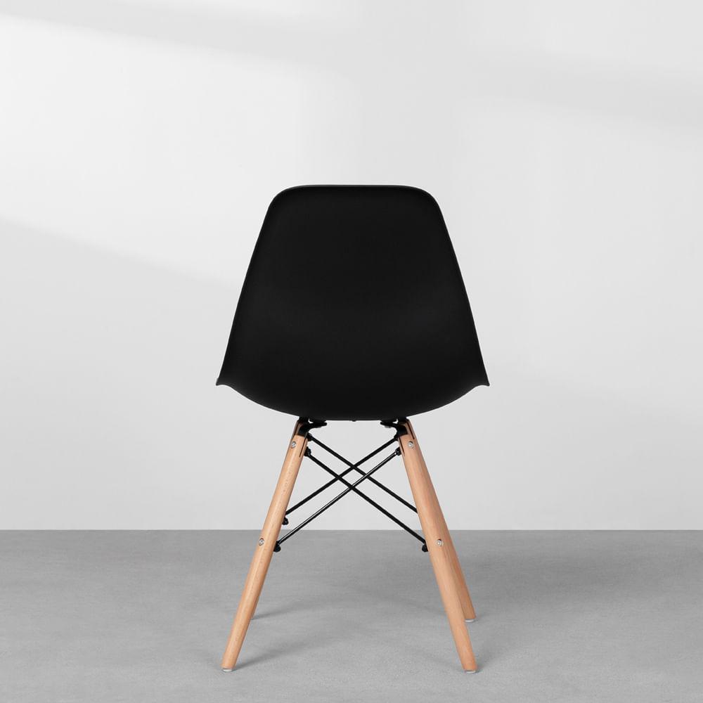 cadeira-eames-eiffel-em-polipropileno-pes-de-madeira-preto-detalhe-traseira