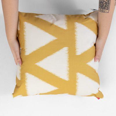 almofada-quadrada-la-stampa-geometrico-mostarda
