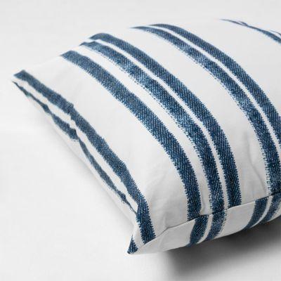 almofada-quadrada-la-stampa-listras-azul-diagonal