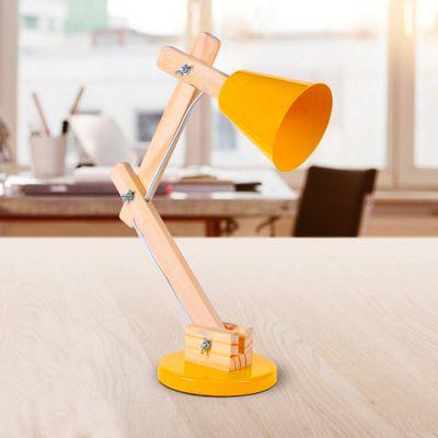 luminaria-pixar-amarela-em-ambiente