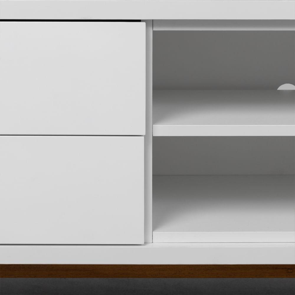 rack-zorro-branco-com-gaveta-e-pes-de-madeira-detalhes