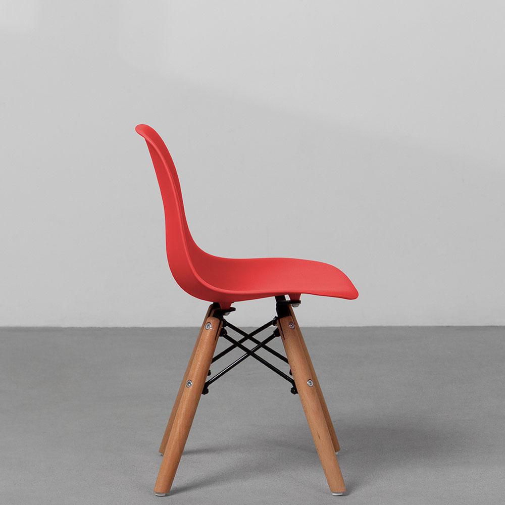 cadeira-eiffel-infantil-base-madeira-vermelha-lateral