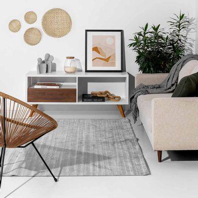rack-square-branco-com-gavetas-imbuia-em-ambiente