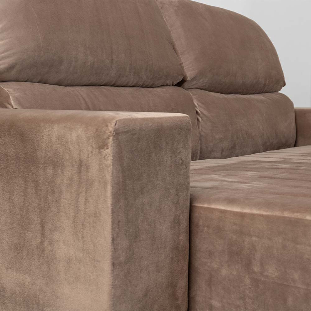 sofa-manu-retratil-veludo-paris-bege-detalhe-do-braco.jpg